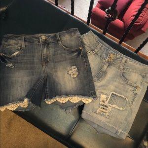 2 pairs girls Mudd shorts. Very good condition